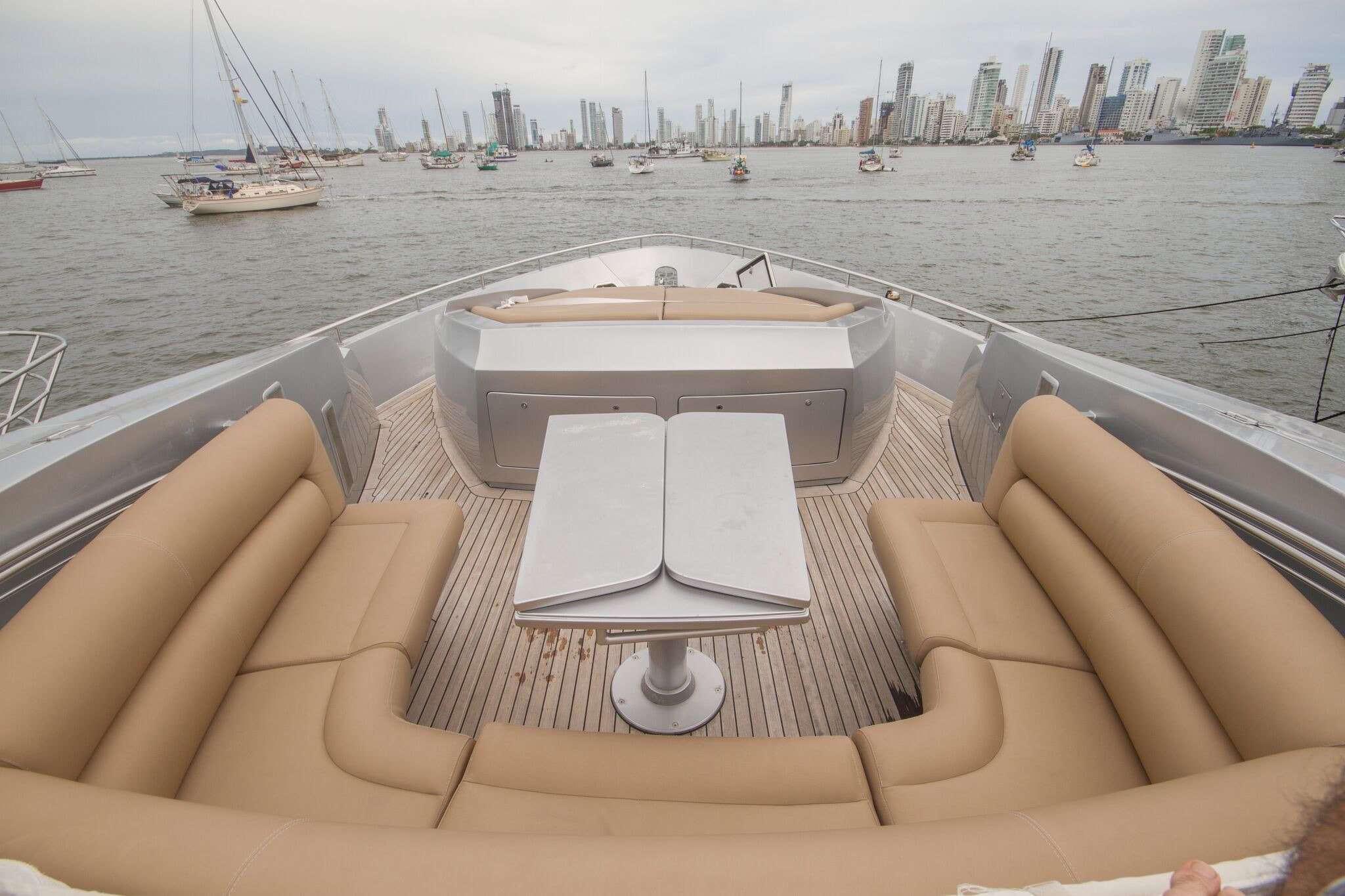 Motor & Speed Boat Rentals