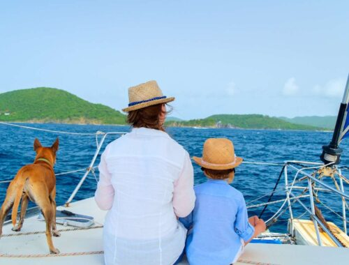 Treat Your Family to a Luxurious Yacht-Day. They Deserve It!