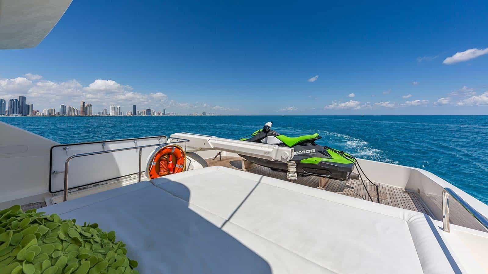 Miami In Water Boat Show